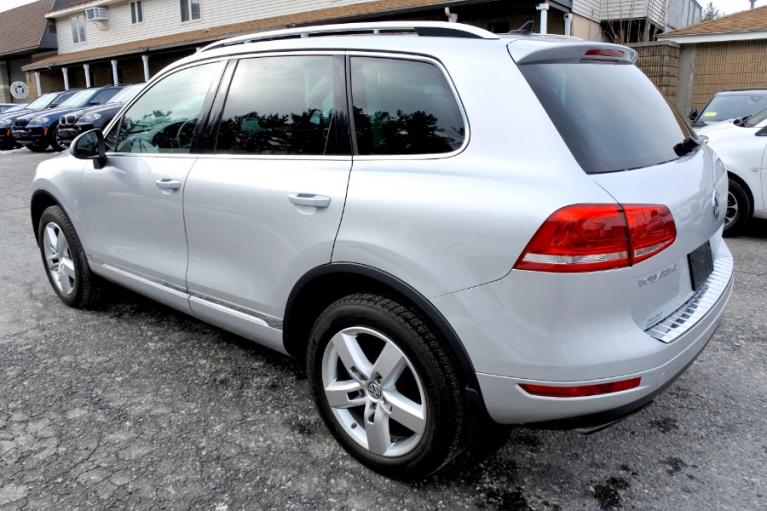 Used 2012 Volkswagen Touareg Sport 4MOTION Used 2012 Volkswagen Touareg Sport 4MOTION for sale  at Metro West Motorcars LLC in Shrewsbury MA 3