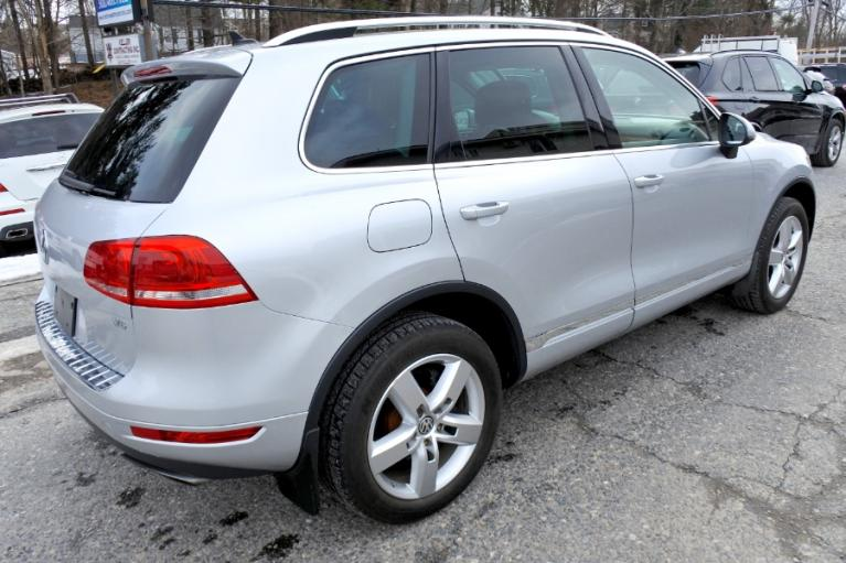 Used 2012 Volkswagen Touareg Sport 4MOTION Used 2012 Volkswagen Touareg Sport 4MOTION for sale  at Metro West Motorcars LLC in Shrewsbury MA 5