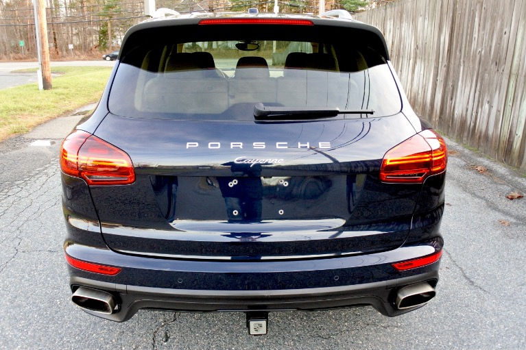 Used 2016 Porsche Cayenne Diesel AWD Used 2016 Porsche Cayenne Diesel AWD for sale  at Metro West Motorcars LLC in Shrewsbury MA 4