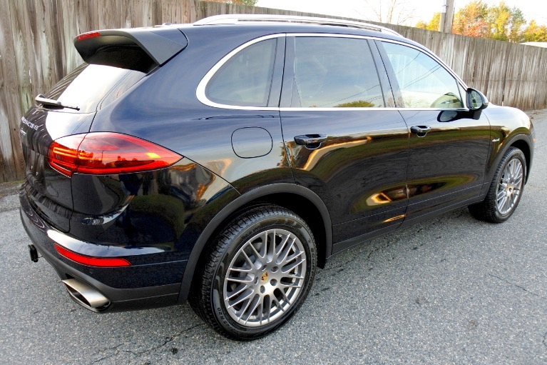 Used 2016 Porsche Cayenne Diesel AWD Used 2016 Porsche Cayenne Diesel AWD for sale  at Metro West Motorcars LLC in Shrewsbury MA 5