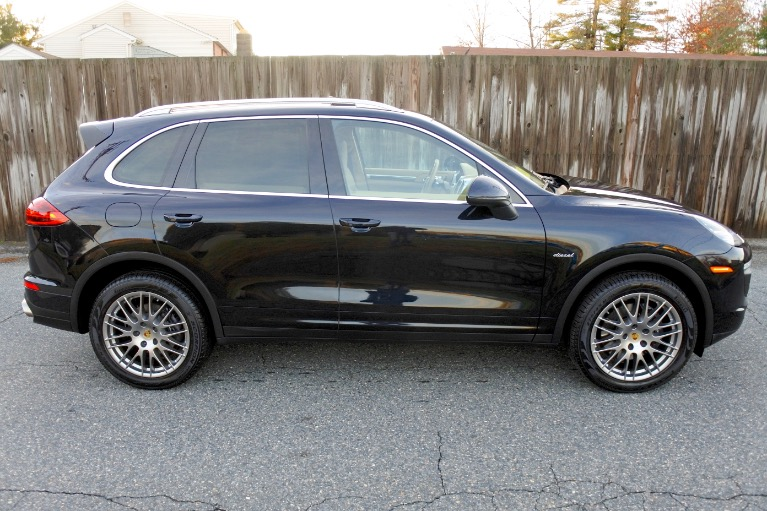 Used 2016 Porsche Cayenne Diesel AWD Used 2016 Porsche Cayenne Diesel AWD for sale  at Metro West Motorcars LLC in Shrewsbury MA 6