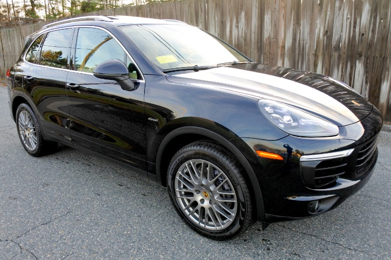 Used 2016 Porsche Cayenne Diesel AWD Used 2016 Porsche Cayenne Diesel AWD for sale  at Metro West Motorcars LLC in Shrewsbury MA 7