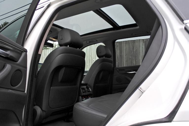 Used 2015 BMW X5 xDrive35d AWD Used 2015 BMW X5 xDrive35d AWD for sale  at Metro West Motorcars LLC in Shrewsbury MA 15