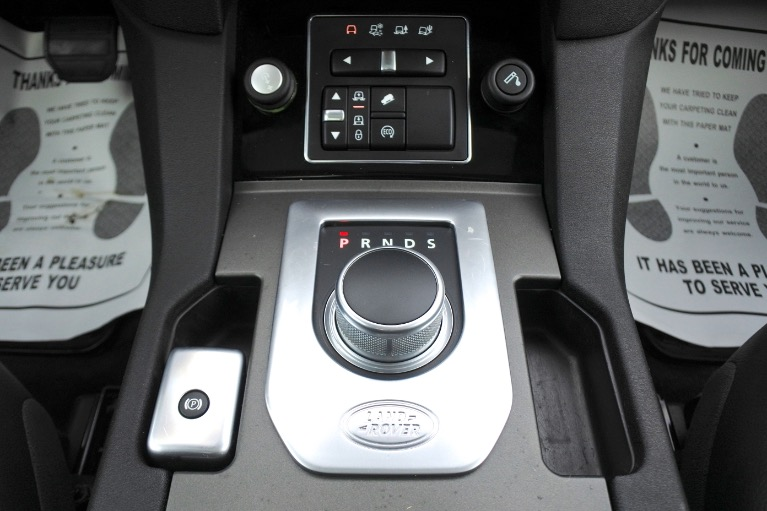 Used 2016 Land Rover Lr4 HSE Silver Edition Used 2016 Land Rover Lr4 HSE Silver Edition for sale  at Metro West Motorcars LLC in Shrewsbury MA 12