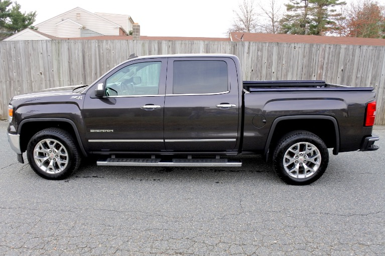 Used 2015 GMC Sierra 1500 4WD Crew Cab 143.5' SLT Used 2015 GMC Sierra 1500 4WD Crew Cab 143.5' SLT for sale  at Metro West Motorcars LLC in Shrewsbury MA 2