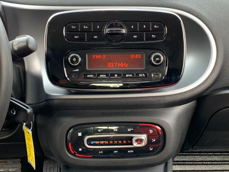 Used 2016 Smart fortwo 2dr Cpe Passion Used 2016 Smart fortwo 2dr Cpe Passion for sale  at Metro West Motorcars LLC in Shrewsbury MA 11