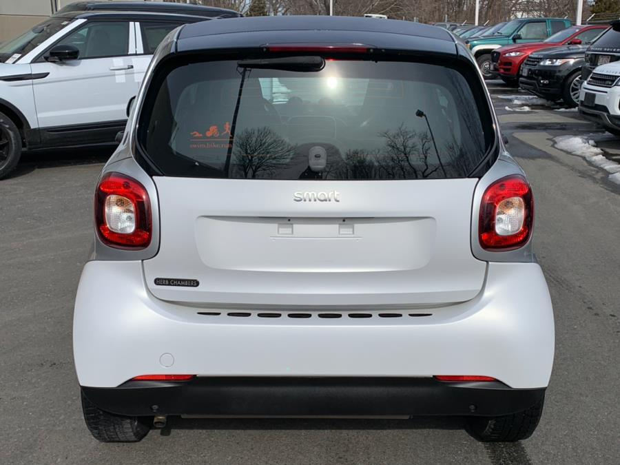 Used 2016 Smart fortwo 2dr Cpe Passion Used 2016 Smart fortwo 2dr Cpe Passion for sale  at Metro West Motorcars LLC in Shrewsbury MA 4