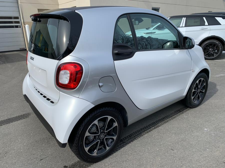 Used 2016 Smart fortwo 2dr Cpe Passion Used 2016 Smart fortwo 2dr Cpe Passion for sale  at Metro West Motorcars LLC in Shrewsbury MA 5