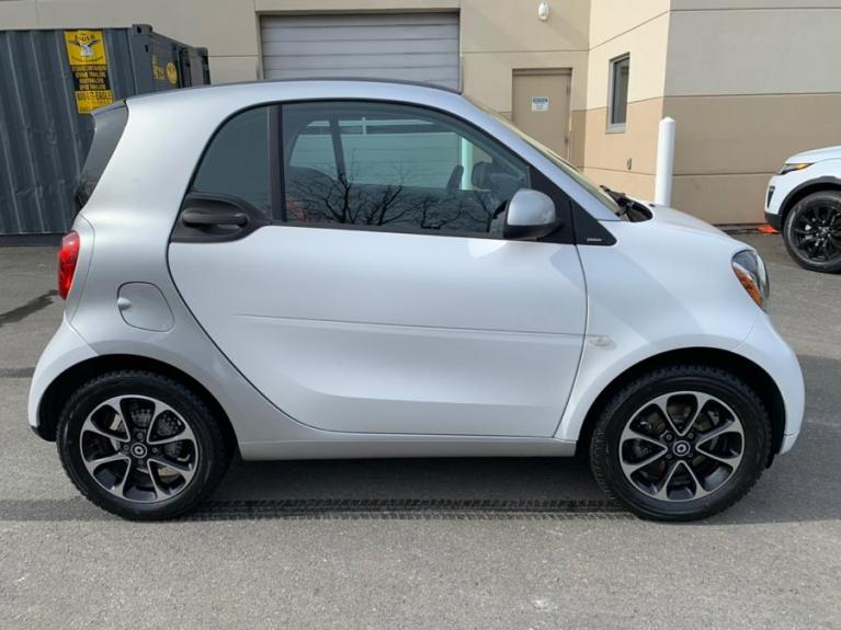 Used 2016 Smart fortwo 2dr Cpe Passion Used 2016 Smart fortwo 2dr Cpe Passion for sale  at Metro West Motorcars LLC in Shrewsbury MA 6