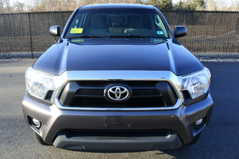 Used 2015 Toyota Tacoma 4WD Double Cab V6 AT (Natl) Used 2015 Toyota Tacoma 4WD Double Cab V6 AT (Natl) for sale  at Metro West Motorcars LLC in Shrewsbury MA 2