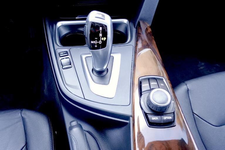 Used 2013 BMW 3 Series 4dr Sdn 328i xDrive AWD Used 2013 BMW 3 Series 4dr Sdn 328i xDrive AWD for sale  at Metro West Motorcars LLC in Shrewsbury MA 12