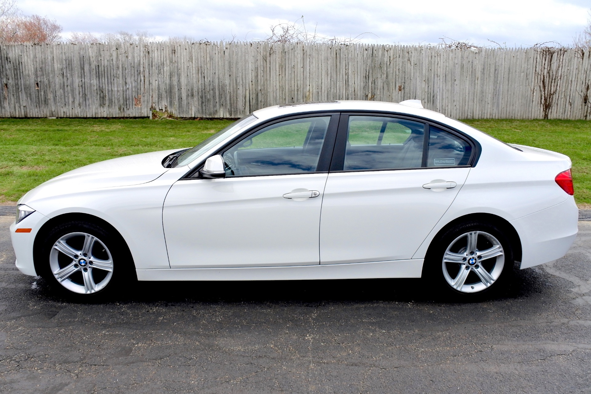 Used 2013 BMW 3 Series 4dr Sdn 328i xDrive AWD Used 2013 BMW 3 Series 4dr Sdn 328i xDrive AWD for sale  at Metro West Motorcars LLC in Shrewsbury MA 2
