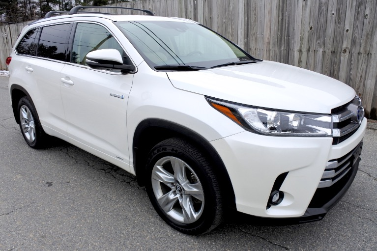 Used 2019 Toyota Highlander Hybrid Limited V6 AWD Used 2019 Toyota Highlander Hybrid Limited V6 AWD for sale  at Metro West Motorcars LLC in Shrewsbury MA 7