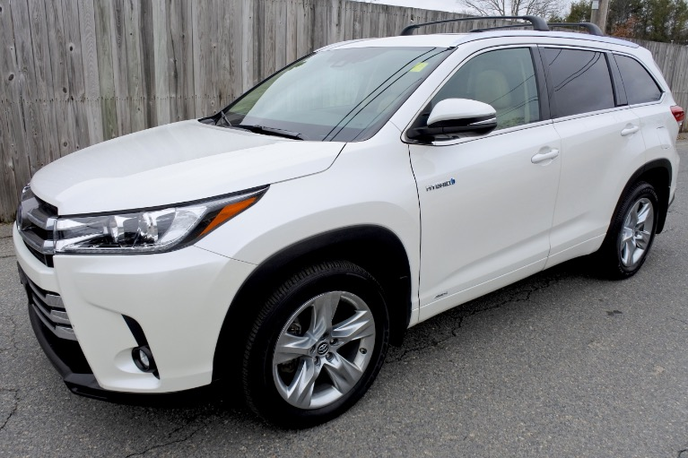 Used Used 2019 Toyota Highlander Hybrid Limited V6 AWD for sale $39,800 at Metro West Motorcars LLC in Shrewsbury MA