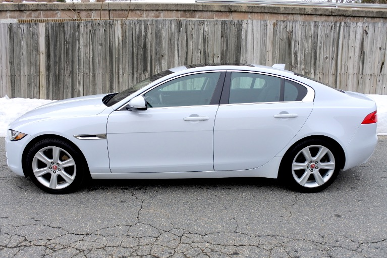 Used 2017 Jaguar Xe 20d Prestige AWD Used 2017 Jaguar Xe 20d Prestige AWD for sale  at Metro West Motorcars LLC in Shrewsbury MA 2