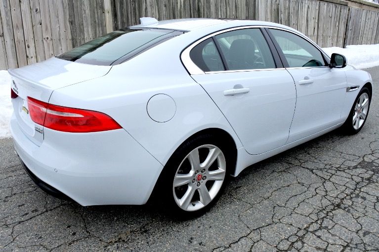 Used 2017 Jaguar Xe 20d Prestige AWD Used 2017 Jaguar Xe 20d Prestige AWD for sale  at Metro West Motorcars LLC in Shrewsbury MA 5