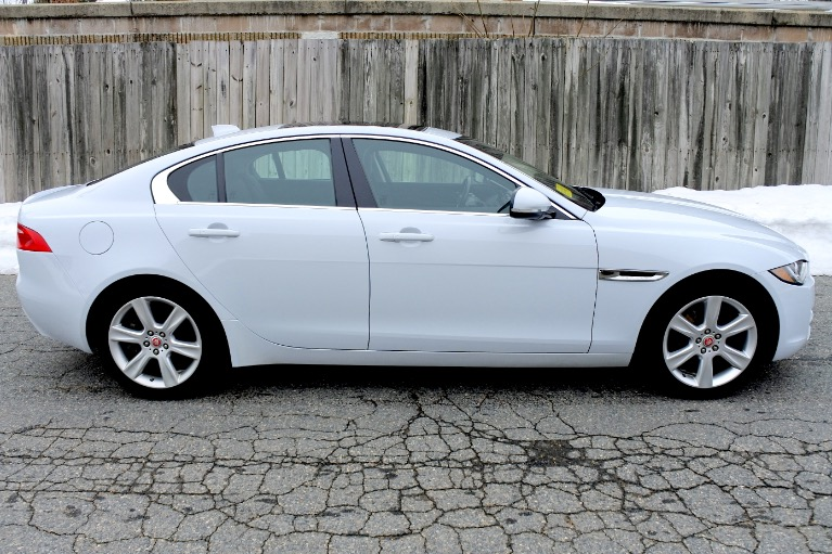 Used 2017 Jaguar Xe 20d Prestige AWD Used 2017 Jaguar Xe 20d Prestige AWD for sale  at Metro West Motorcars LLC in Shrewsbury MA 6