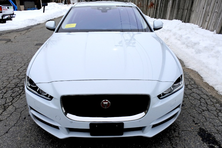 Used 2017 Jaguar Xe 20d Prestige AWD Used 2017 Jaguar Xe 20d Prestige AWD for sale  at Metro West Motorcars LLC in Shrewsbury MA 8