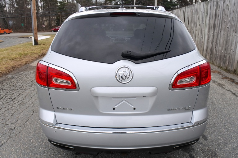 Used 2014 Buick Enclave AWD Premium Used 2014 Buick Enclave AWD Premium for sale  at Metro West Motorcars LLC in Shrewsbury MA 4