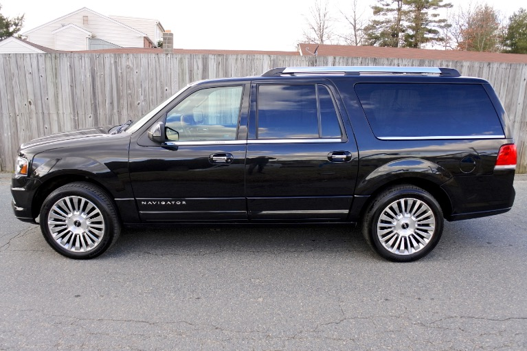 Used 2015 Lincoln Navigator l Reserve 4WD Used 2015 Lincoln Navigator l Reserve 4WD for sale  at Metro West Motorcars LLC in Shrewsbury MA 2