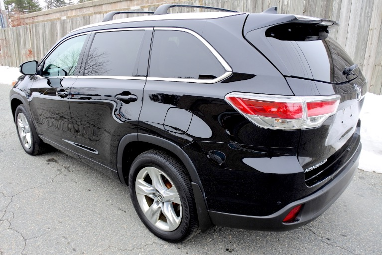 Used 2016 Toyota Highlander Limited Platinum AWD Used 2016 Toyota Highlander Limited Platinum AWD for sale  at Metro West Motorcars LLC in Shrewsbury MA 3