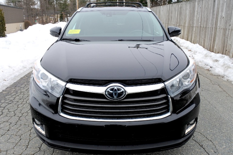 Used 2016 Toyota Highlander Limited Platinum AWD Used 2016 Toyota Highlander Limited Platinum AWD for sale  at Metro West Motorcars LLC in Shrewsbury MA 8
