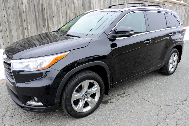 Used 2016 Toyota Highlander Limited Platinum AWD Used 2016 Toyota Highlander Limited Platinum AWD for sale  at Metro West Motorcars LLC in Shrewsbury MA 1