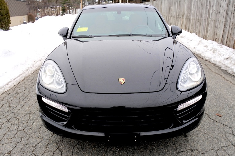 Used 2014 Porsche Cayenne Turbo S AWD Used 2014 Porsche Cayenne Turbo S AWD for sale  at Metro West Motorcars LLC in Shrewsbury MA 8