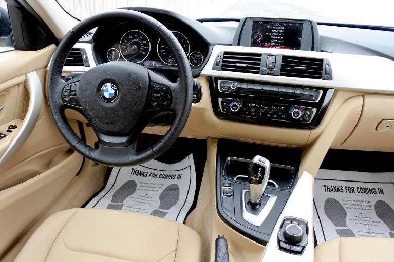 Used 2016 BMW 3 Series 320i xDrive AWD Used 2016 BMW 3 Series 320i xDrive AWD for sale  at Metro West Motorcars LLC in Shrewsbury MA 10