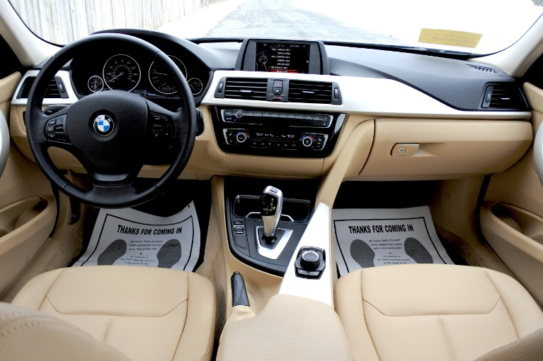 Used 2016 BMW 3 Series 320i xDrive AWD Used 2016 BMW 3 Series 320i xDrive AWD for sale  at Metro West Motorcars LLC in Shrewsbury MA 9