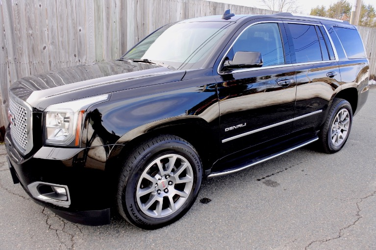 Used Used 2017 GMC Yukon Denali 4WD for sale $39,800 at Metro West Motorcars LLC in Shrewsbury MA