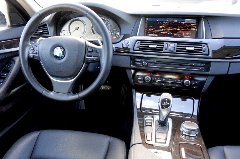 Used 2016 BMW 5 Series 528i xDrive AWD Used 2016 BMW 5 Series 528i xDrive AWD for sale  at Metro West Motorcars LLC in Shrewsbury MA 10