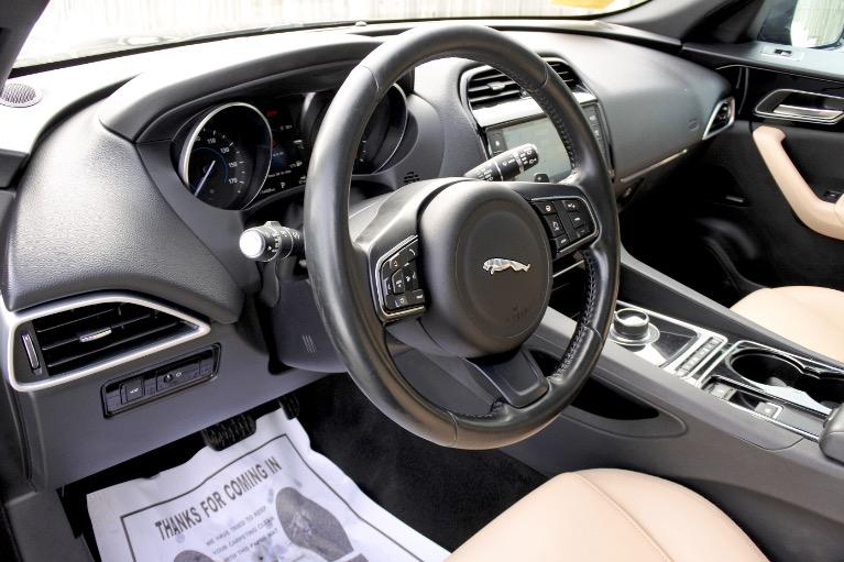 Used 2017 Jaguar F-pace 35t Premium AWD Used 2017 Jaguar F-pace 35t Premium AWD for sale  at Metro West Motorcars LLC in Shrewsbury MA 13