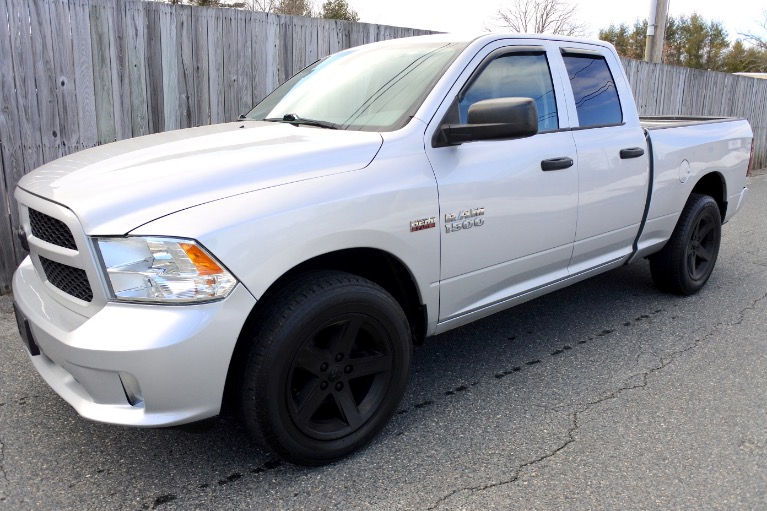 Used 2013 Ram 1500 4WD Quad Cab 140.5' Express Used 2013 Ram 1500 4WD Quad Cab 140.5' Express for sale  at Metro West Motorcars LLC in Shrewsbury MA 1