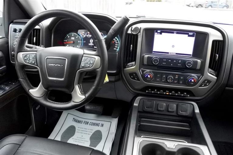Used 2016 GMC Sierra 1500 4WD Crew Cab 143.5 Denali Used 2016 GMC Sierra 1500 4WD Crew Cab 143.5 Denali for sale  at Metro West Motorcars LLC in Shrewsbury MA 10