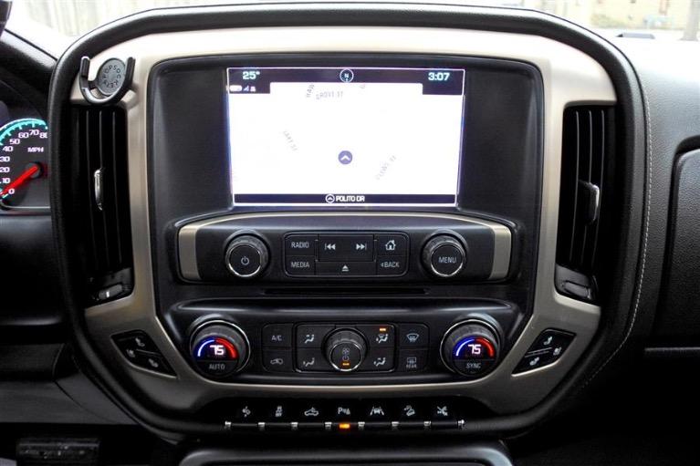 Used 2016 GMC Sierra 1500 4WD Crew Cab 143.5 Denali Used 2016 GMC Sierra 1500 4WD Crew Cab 143.5 Denali for sale  at Metro West Motorcars LLC in Shrewsbury MA 11