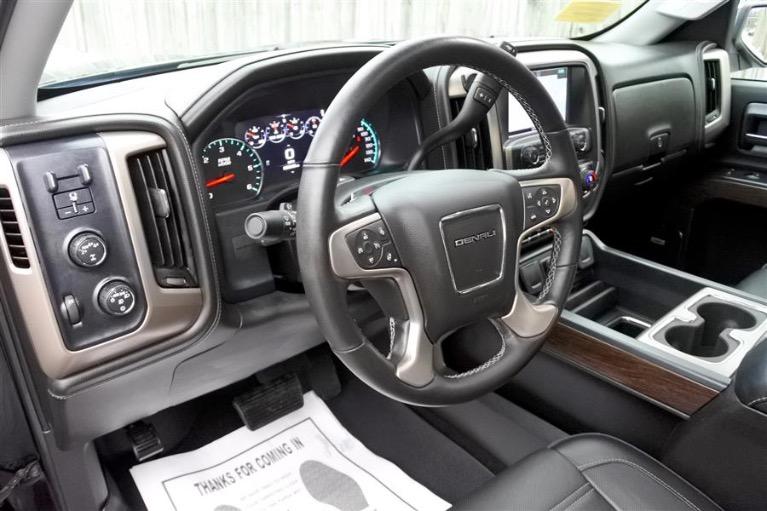 Used 2016 GMC Sierra 1500 4WD Crew Cab 143.5 Denali Used 2016 GMC Sierra 1500 4WD Crew Cab 143.5 Denali for sale  at Metro West Motorcars LLC in Shrewsbury MA 13