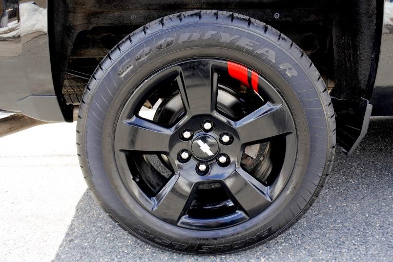 Used 2017 Chevrolet Silverado 1500 4WD Double Cab 143.5' LT w/1LT Used 2017 Chevrolet Silverado 1500 4WD Double Cab 143.5' LT w/1LT for sale  at Metro West Motorcars LLC in Shrewsbury MA 19