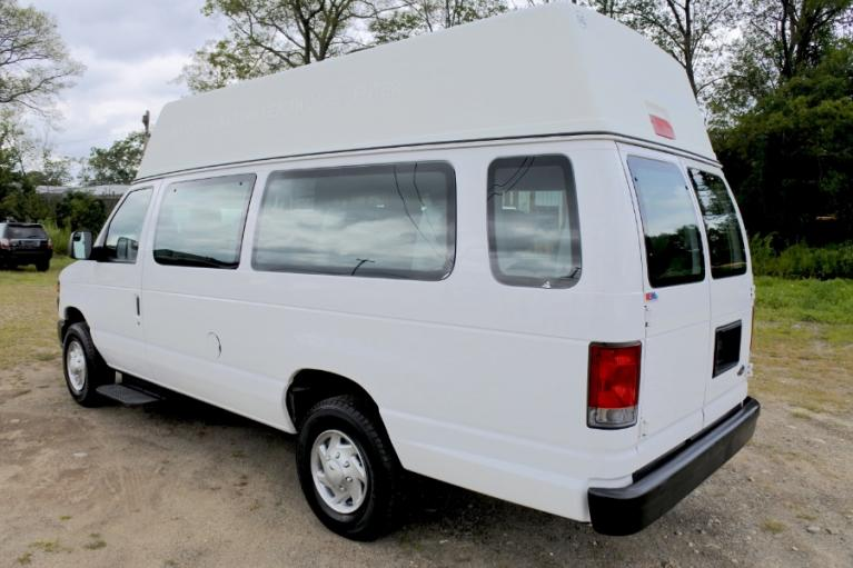 Used 2013 Ford Econoline E-250 Wheelchair Van Used 2013 Ford Econoline E-250 Wheelchair Van for sale  at Metro West Motorcars LLC in Shrewsbury MA 3
