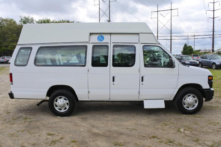 Used 2013 Ford Econoline E-250 Wheelchair Van Used 2013 Ford Econoline E-250 Wheelchair Van for sale  at Metro West Motorcars LLC in Shrewsbury MA 5