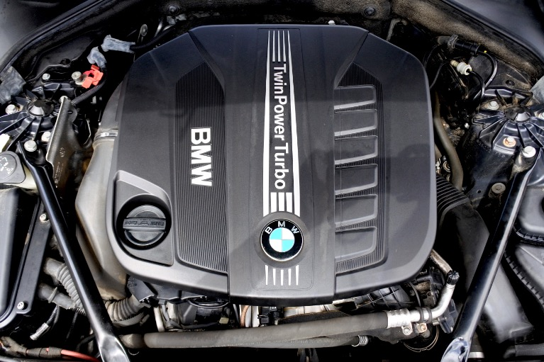 Used 2014 BMW 5 Series 535d xDrive M Sport AWD Used 2014 BMW 5 Series 535d xDrive M Sport AWD for sale  at Metro West Motorcars LLC in Shrewsbury MA 22