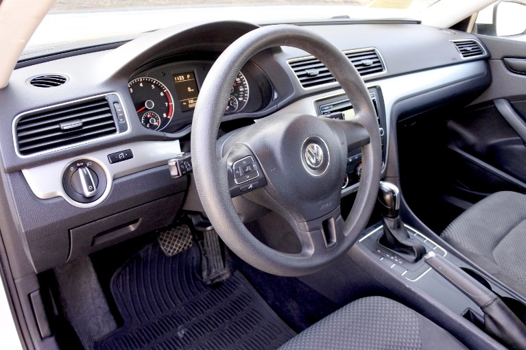 Used 2013 Volkswagen Passat S 2.5 PZEV Used 2013 Volkswagen Passat S 2.5 PZEV for sale  at Metro West Motorcars LLC in Shrewsbury MA 12