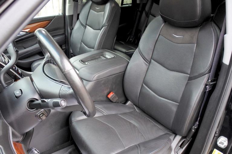 Used 2017 Cadillac Escalade 4WD Luxury Used 2017 Cadillac Escalade 4WD Luxury for sale  at Metro West Motorcars LLC in Shrewsbury MA 13