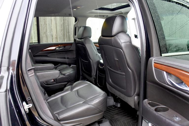 Used 2017 Cadillac Escalade 4WD Luxury Used 2017 Cadillac Escalade 4WD Luxury for sale  at Metro West Motorcars LLC in Shrewsbury MA 20