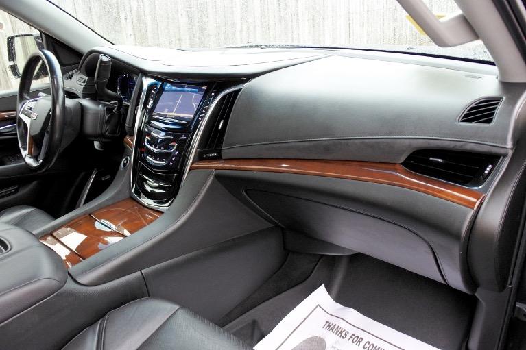 Used 2017 Cadillac Escalade 4WD Luxury Used 2017 Cadillac Escalade 4WD Luxury for sale  at Metro West Motorcars LLC in Shrewsbury MA 22