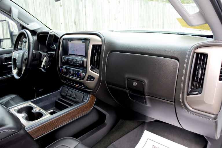 Used 2017 GMC Sierra 2500hd 4WD Crew Cab 153.7' Denali Used 2017 GMC Sierra 2500hd 4WD Crew Cab 153.7' Denali for sale  at Metro West Motorcars LLC in Shrewsbury MA 19