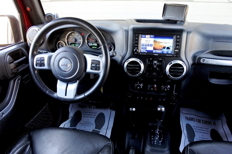 Used 2013 Jeep Wrangler Unlimited Freedom Edition 4WD Used 2013 Jeep Wrangler Unlimited Freedom Edition 4WD for sale  at Metro West Motorcars LLC in Shrewsbury MA 10