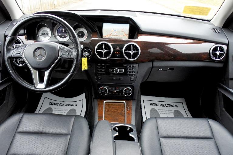Used 2015 Mercedes-Benz Glk-class 4MATIC 4dr GLK350 Used 2015 Mercedes-Benz Glk-class 4MATIC 4dr GLK350 for sale  at Metro West Motorcars LLC in Shrewsbury MA 9