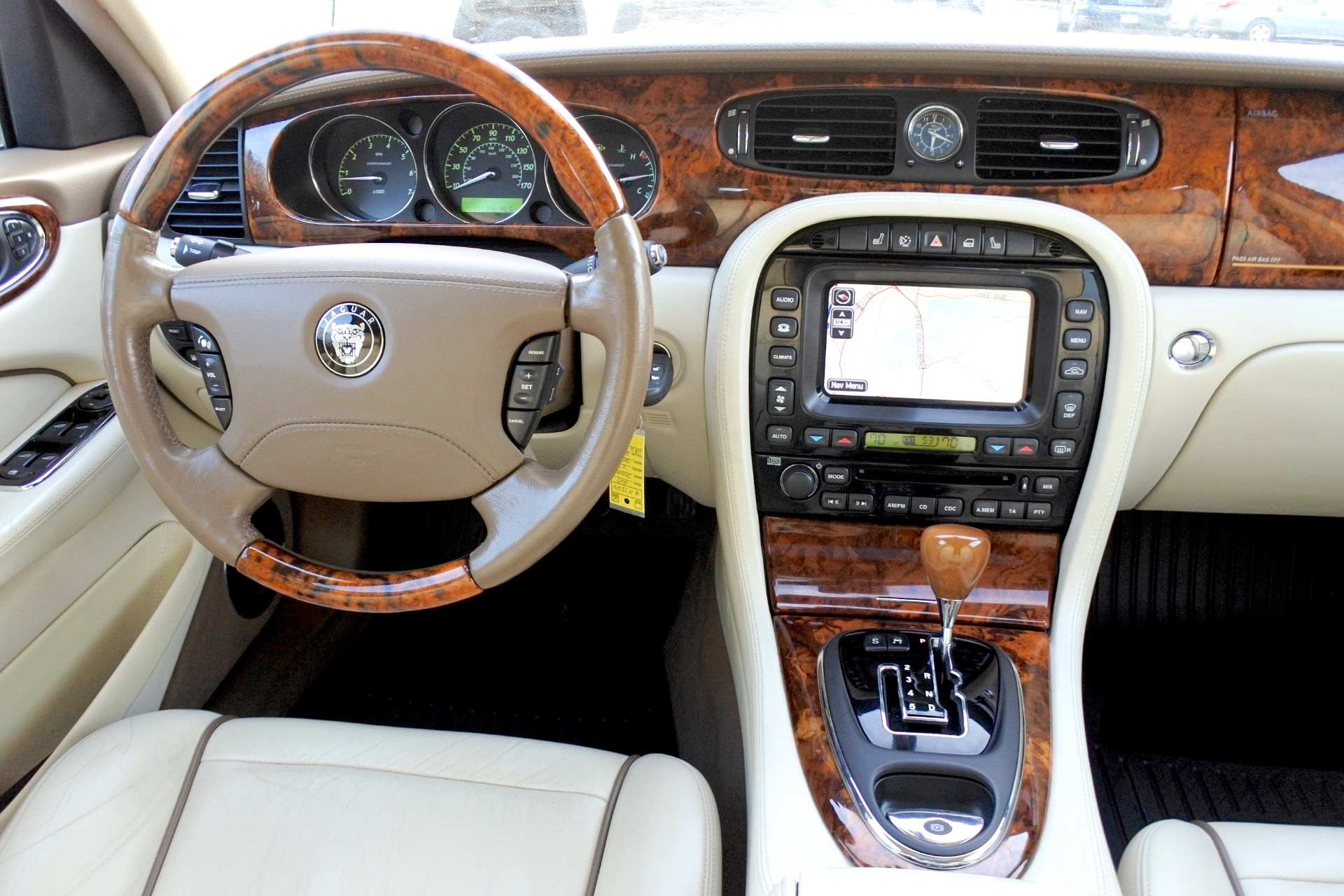 Used 2007 Jaguar Xj l Super V8 Used 2007 Jaguar Xj l Super V8 for sale  at Metro West Motorcars LLC in Shrewsbury MA 10
