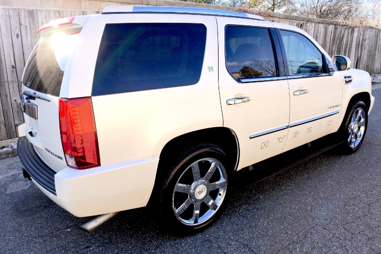 Used 2009 Cadillac Escalade Hybrid 4WD Used 2009 Cadillac Escalade Hybrid 4WD for sale  at Metro West Motorcars LLC in Shrewsbury MA 5